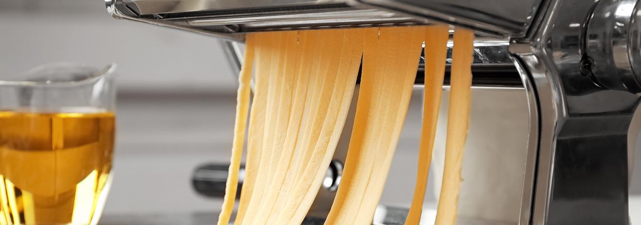 Am Chappeli Pasta aus der Maschine